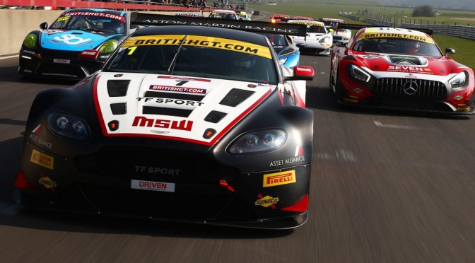 British GT Continues With Multi-Class Format / Invites Entries For 2018 Season (25.10.17)