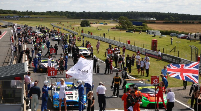 Snetterton Set For Sun-Drenched Rounds 4 & 5 Of 2017 British GT Championship (24.05.17)