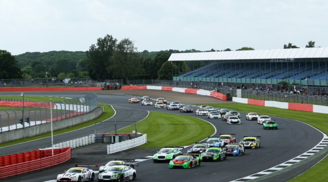 Packed 36-Car Grid For British GT Silverstone 500 (06.06.18)